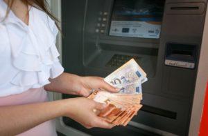 Из зарплаты бухгалтера вычтут новый штраф