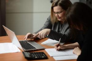 ФНС взялась за зарплату бухгалтеров