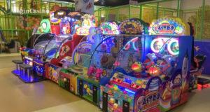 Игровые автоматы какие бывают для детей обыграть игровые автоматы видео